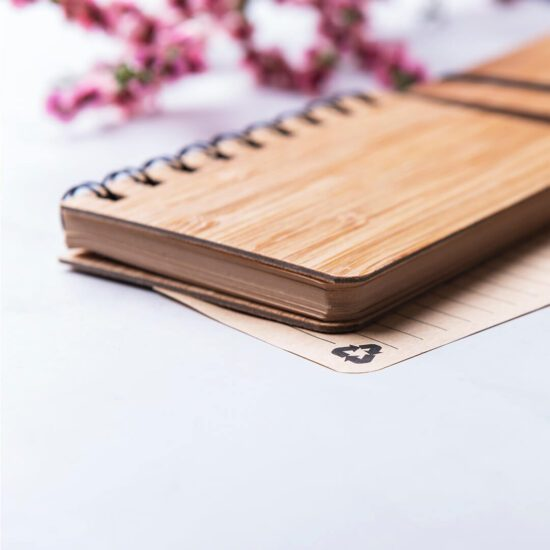 Bloco de notas A6 de bambu e papel reciclado