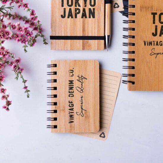 Bloco de notas A6 de bambu e papel reciclado personalizável