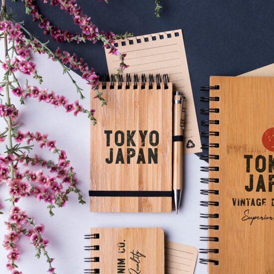 Conjunto de caneta e bloco de notas A6 de bambu personalizável