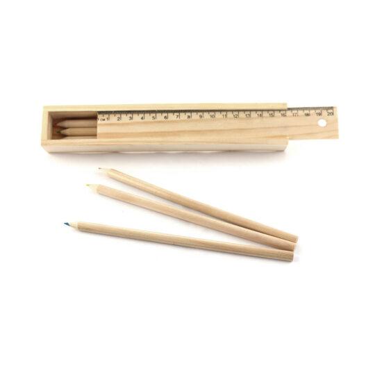 Estojo de madeira com lápis de cor e régua