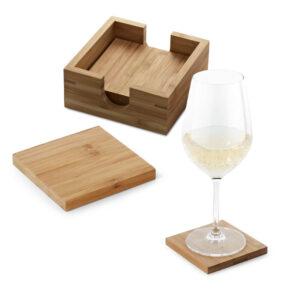 conjunto de quatro bases para copos em bambu