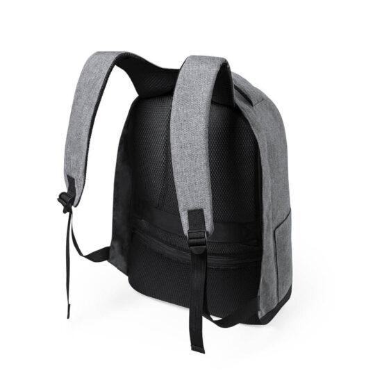mochila em rpet com alças acolchoadas