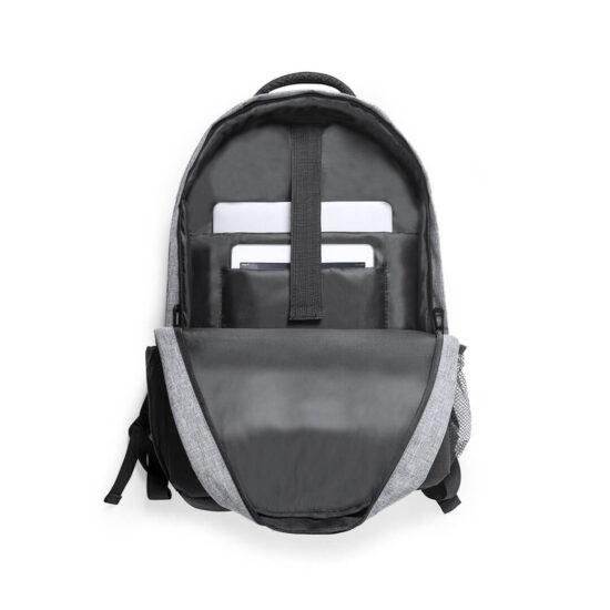 compartimentos interiores de mochila em plástico reciclado