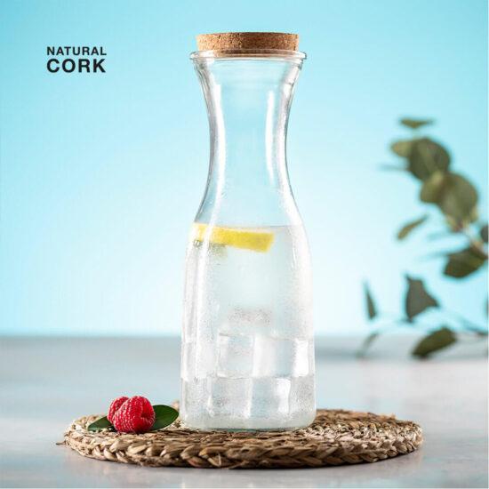 jarro de vidro com tampa de cortiça
