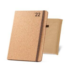 agenda 2022 de formato B5 em cortiça com bolsa non woven