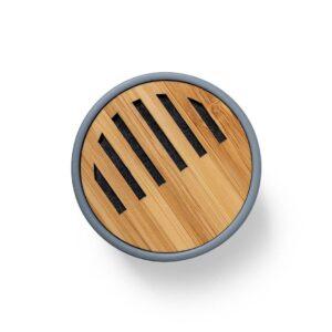 topo de coluna bluetooth de cimento e bambu